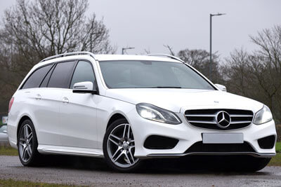 Mercedes-Benz-E-Klasse-perlmut-weiß